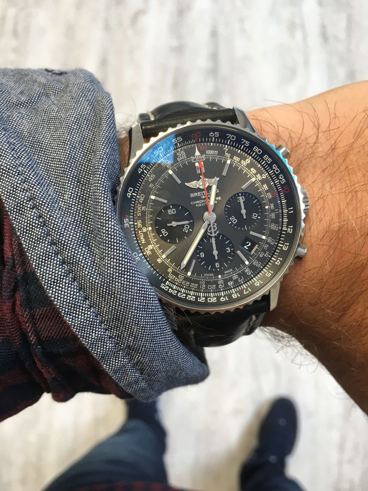 Breitling Navitimer 01 Limited Edition AB012124/F569