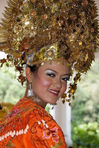 Traditional costume from Sumatra, Indonesia.