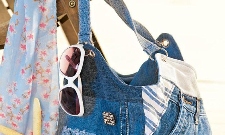 Gerade stehen alle auf den Flicken-Style. Und manchmal wird aus einer kleinen Inspiration eine große Tasche. Gestalten Sie die Jeans-Tasche ganz nach Ihren Wünschen - mit unserer kostenlosen Anleitung zum selbermachen.