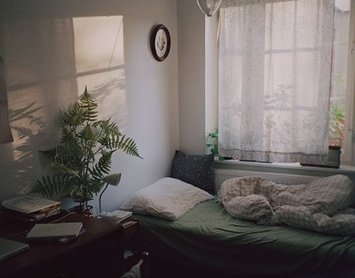 New post on westjades. Best 20  Young woman bedroom ideas on Pinterest   Purple office