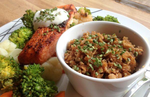 Laks med grønnsaker & blomkål- risotto