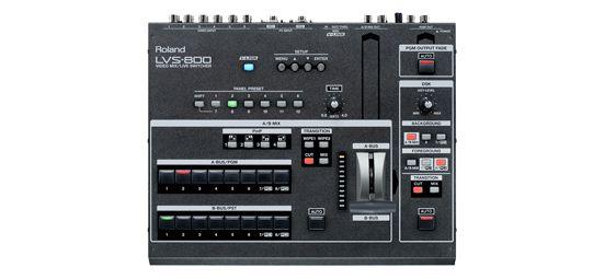 EDIROL LVS-800. Innovador mezclador de vídeo 8 canales con DSK (Downstream keyer)  2 salidas independientes para aplicaciones multipantalla. Downstream keyer para conseguir una mezcla perfecta de títulos/gráficos. 2 entradas PC/RGB separadas para mezclar entre ordenadores. Preajustes del panel para recuperar instantáneamente las configuraciones de mezcla. Potente producción de vídeo con una conmutación y mezcla de vídeo intuitivas y simples. 8 canales de vídeo con 2 entradas para ordenador…