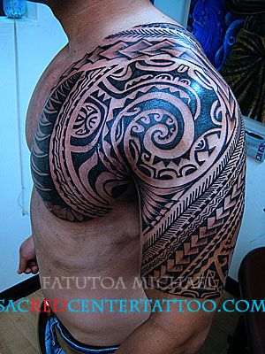 Found Samoan tribal tattooing so interesting. All done by hand tapping. Every type of line has a story about culture or nature.