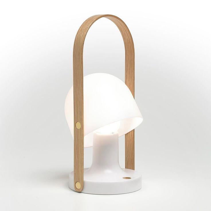Marset - Follow Me mobile LED-Leuchte mit Akku - weiß/Ø12.3cm/H28.8cm