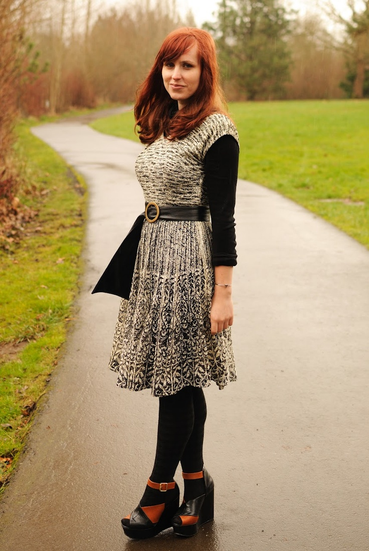 I'm loving the black opaque tights with platform sandals ...