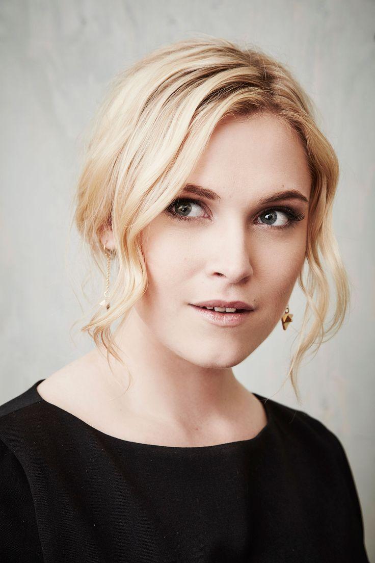 Eliza Taylor Hair Color - Hair Colar And Cut Style |Eliza Taylor Hair