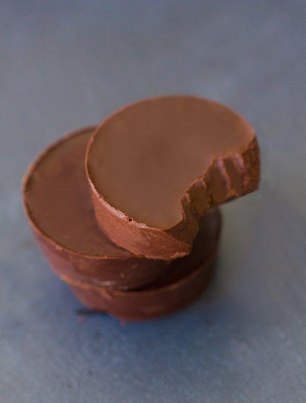 Chocolate Pumpkin Fudge - 6 Ingredients