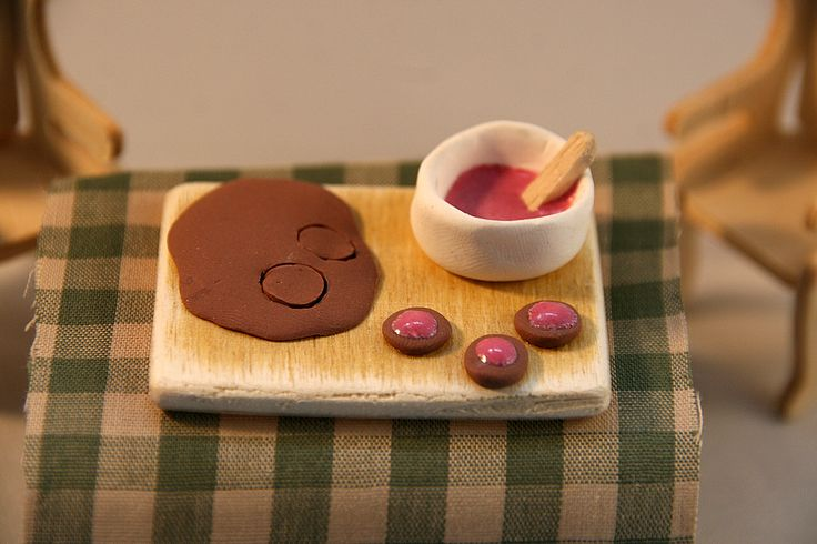 Cookie-making - polymer clay