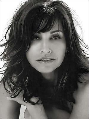 Gina Gershon - celebrity, beauty - a unique beauty
