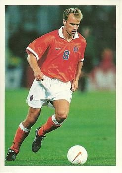 1998 Brooke Bond PG Tips International Soccer Stars #7 Dennis Bergkamp Front