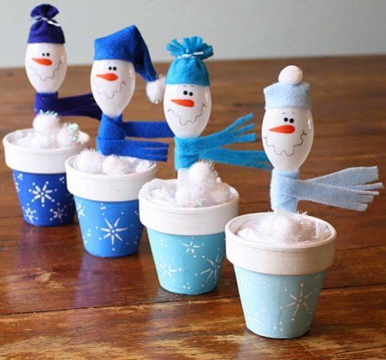 Cómo hacer muñecos de nieve con cucharas desechables o descartables