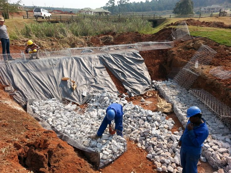 #Geotextile to protect dam wall and #gabion construction