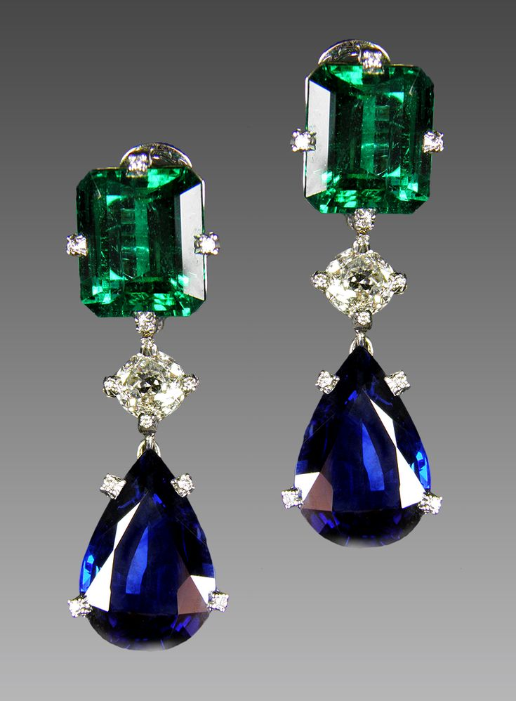 Busatti - Emerald, sapphire and diamond pendant earrings