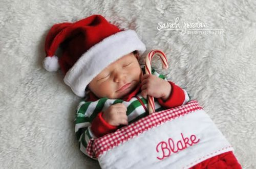 """too cute, great Christmas card idea for """"newborn"""" ... child or puppy addition to a family"""