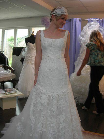 Robe de mariée avec sa coiffe
