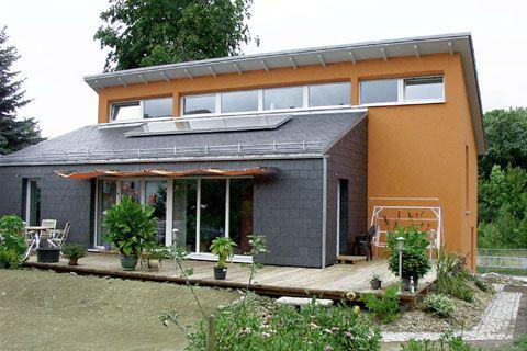 Passivhaus designed by Architekten Hornschuh & Riesmeier, Langewiesen, Germany
