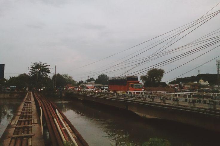 Jembatan Kapuk Raya