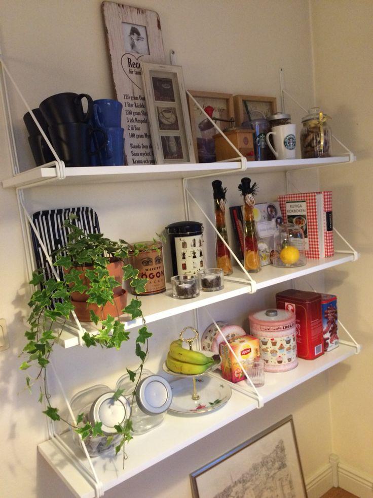Snygg köksförvaring från Ikea. Mycket enkel konstruktion :)