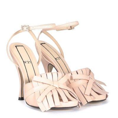 Laterale Sandalo con tacco N°21 in pelle rosa cipria