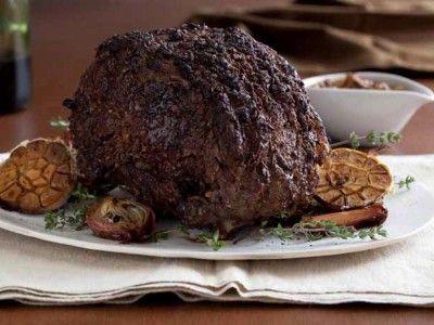 Chuck's Rib Roast With Mushroom Crust. - Chuck's mushroom-crusted rib roast makes an impressive, elegant main dish for Christmas dinner. | Recipes courtesy Chuck Hughes, Show:Chuck's Day Off,Episode:The Butchers