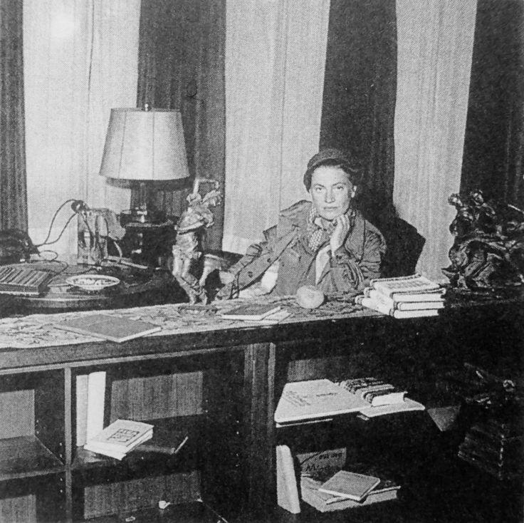 Фото: Американский военный корреспондент Ли Миллер в квартире Гитлера в Мюнхене