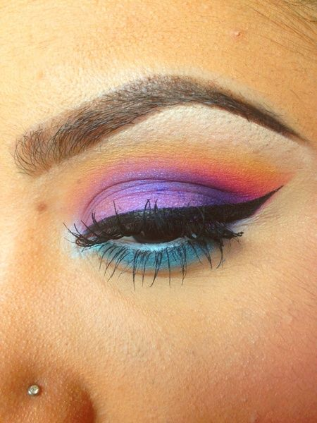 Colorful makeup: Colors Makeup, Fab Makeups, Colorful Makeup, Eye Makeup, Lips Ey Makeup, Laurens Makeup, Lauren Makeup, Hair Makeup Accessories, Makeup Difference