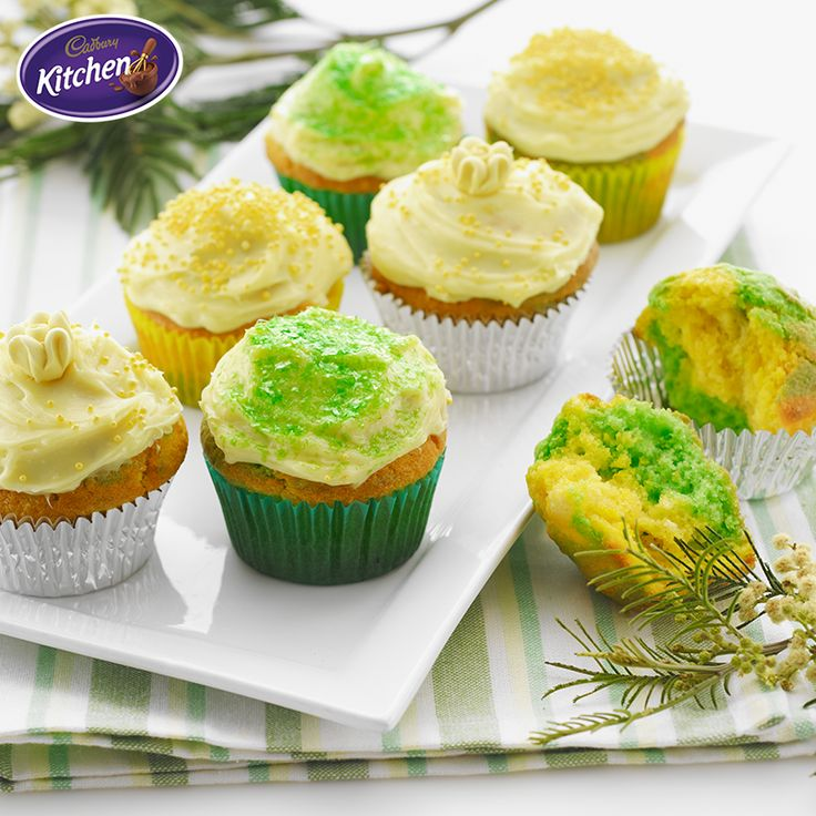 Is your household excited by all the summer sport? Show your colours in the kitchen with these Green and Gold Marble Cupcakes!   #CADBURY #cupcakes #summer #sport #baking #dessertrecipes