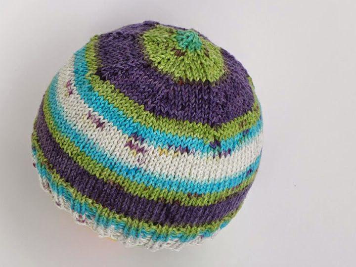 Dětská čepice / baby hat from https://www.facebook.com/hackemajehlici