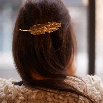 Hintd - Feather Barrette