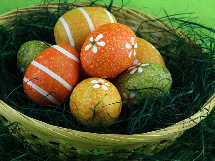 Besondere Osterbräuche in Europa - Hintergrundbilder Blog