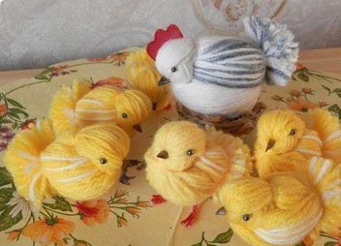 Цыплята из пряжи - детская поделка 1