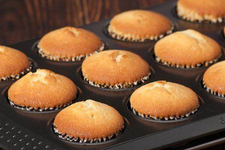 Einfach und köstlich sind die Muffins ohne Zucker. Für dieses Rezept verwenden sie sehr reife Bananen.