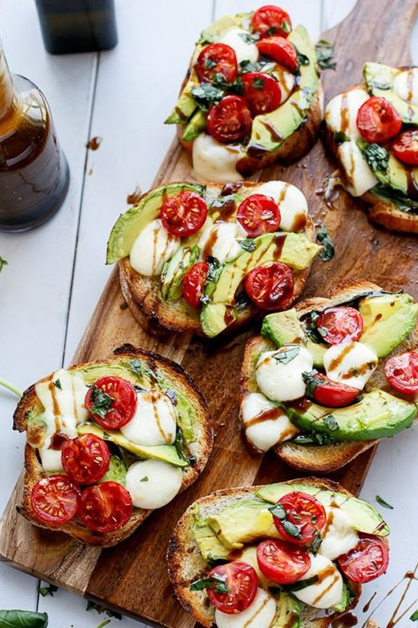 GRILLED AVOCADO CAPRESE CROSTINI - 15 Open-Faced Sandwiches You Need to Try via @PureWow