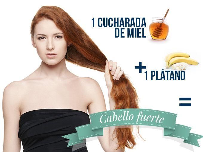 Este tratamiento casero es perfecto para las chicas que tienen el cabello muy delgado. La mascarilla contiene potasio, ingrediente que se encargará de fortalecerlo, además de reparar los daños causados por el uso de calor.Tip: Busca una gorra de baño para no ensuciar.Te recomendamos hacer...