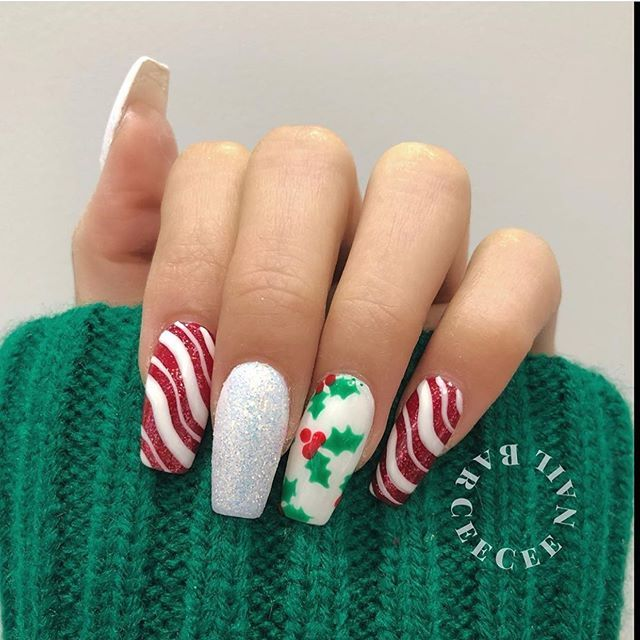 mismatched red green white christmas nails, festive nail