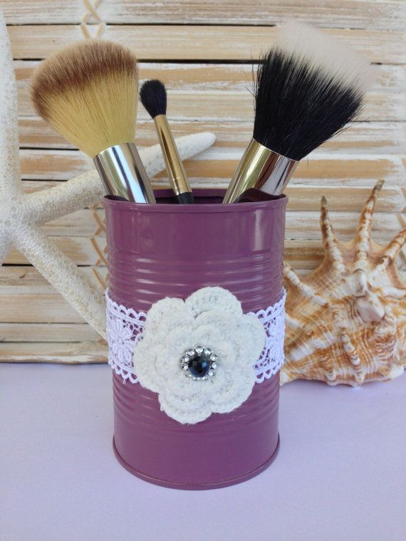 upcycled tin can multipurpose holder painted purple by emawati dosen gl ser und k rbe. Black Bedroom Furniture Sets. Home Design Ideas