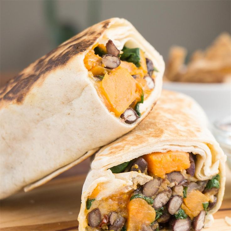 Spinach, Sweet Potato & Black Bean Burritos by @oatsesame - #KeepOnCooking #Entree #Entrée  #Sandwich #Vegan #Vegetable #Vegetables #Vegetarian