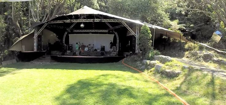 Stage cover in Coromandel