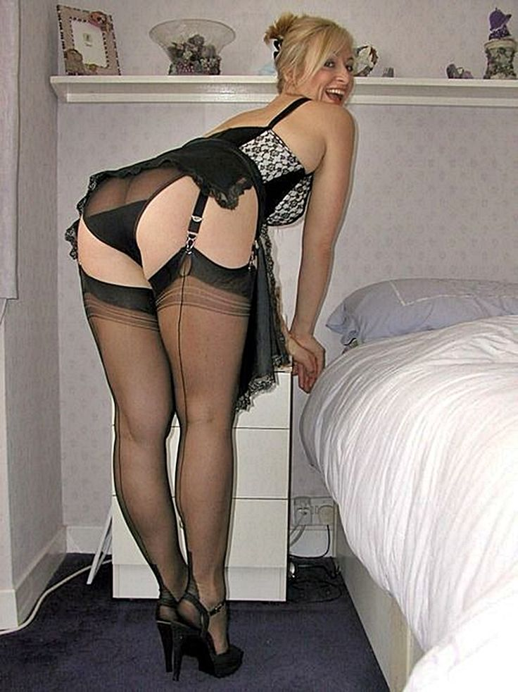 Amatuer posing in lingerie and heels, kate winset xxx