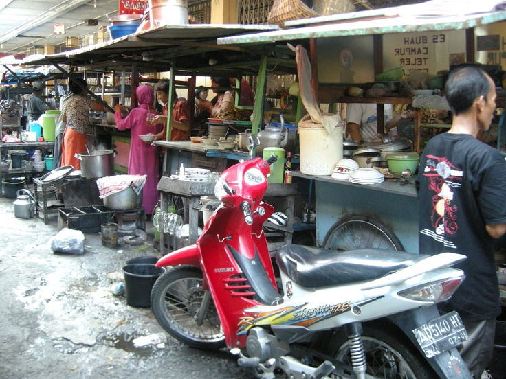 food vendors - Solo, Indonesia - by selmadisini 2009
