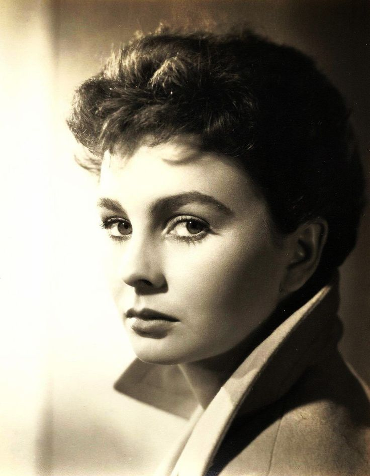 Jean Simmons, 1950 via theniftyfifties