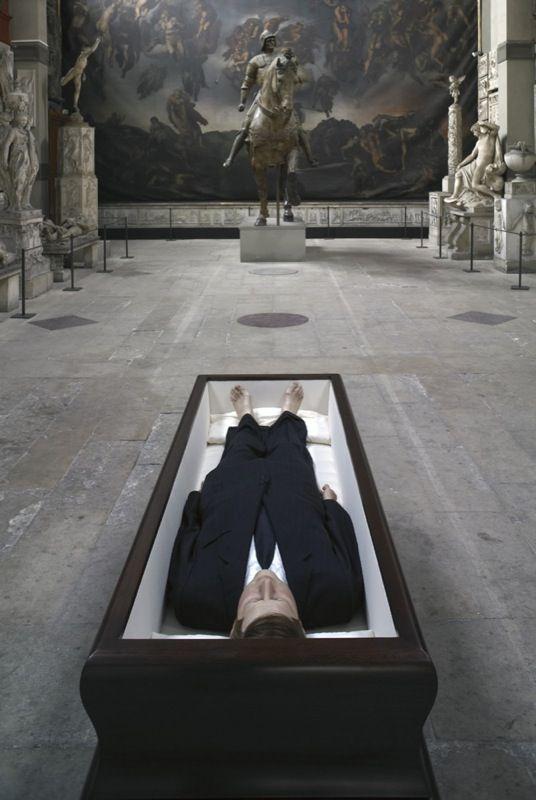 Maurizio Cattelan, 2004 Courtesy: Galerie Perrotin, Hong Kong & Paris
