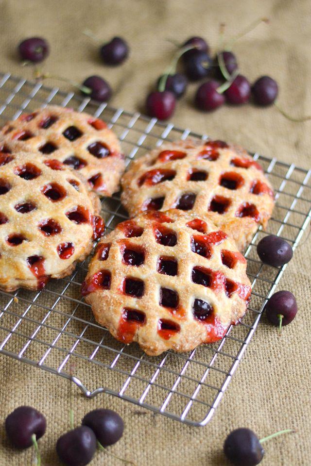 A classic American pie flavor in a cute and convenient shape!