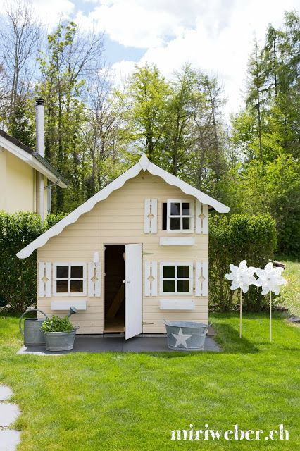 25 best ideas about kinder spielhaus on pinterest. Black Bedroom Furniture Sets. Home Design Ideas
