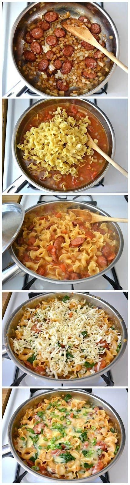 Creamy Spinach and Sausage Pasta. 6 oz. smoked sausage  1 Tbsp olive oil  1 medium onion  1 (14.5 oz.) can diced tomatoes w/chiles  2 cups chicken broth  8 oz. pasta  3 cups fresh spinach  1 cup (4 oz.) shredded monterrey jack  1 whole green onion