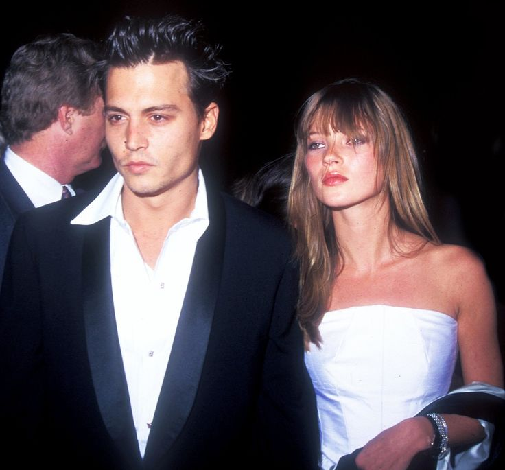 Priceless snapshot of Kate Moss and Johnny Depp in 1995 // #Celebrity #Throwback