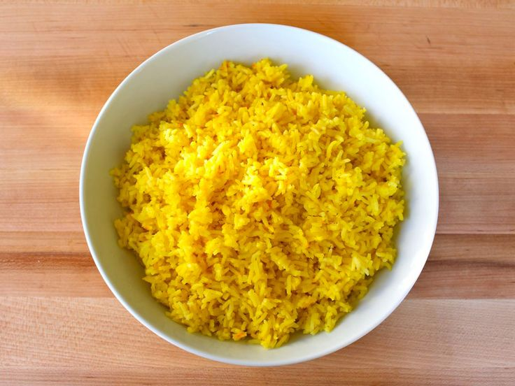 Learn to make perfectly fluffy Saffron Rice, a beautiful and savory side dish with saffron spice, onions and broth. Gluten free, Kosher