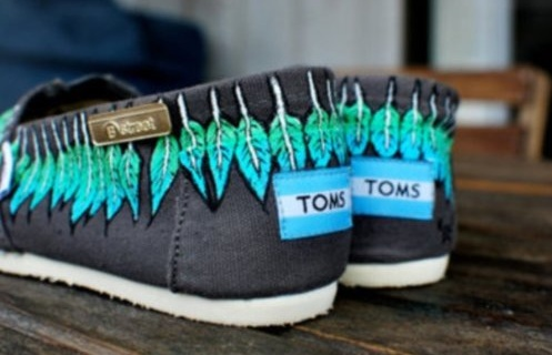 peacock feather toms.