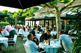 Gastronomisch genieten op het terras van Arsenaal Restaurants. #restaurant #menu #gastronomie #terras #zomer #menukaart