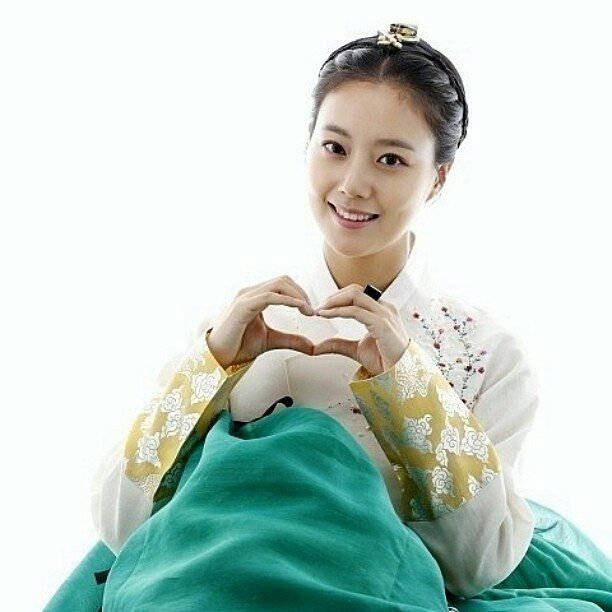 #happyhanbokday #hanbokday #moonchaewon #goddess🚺